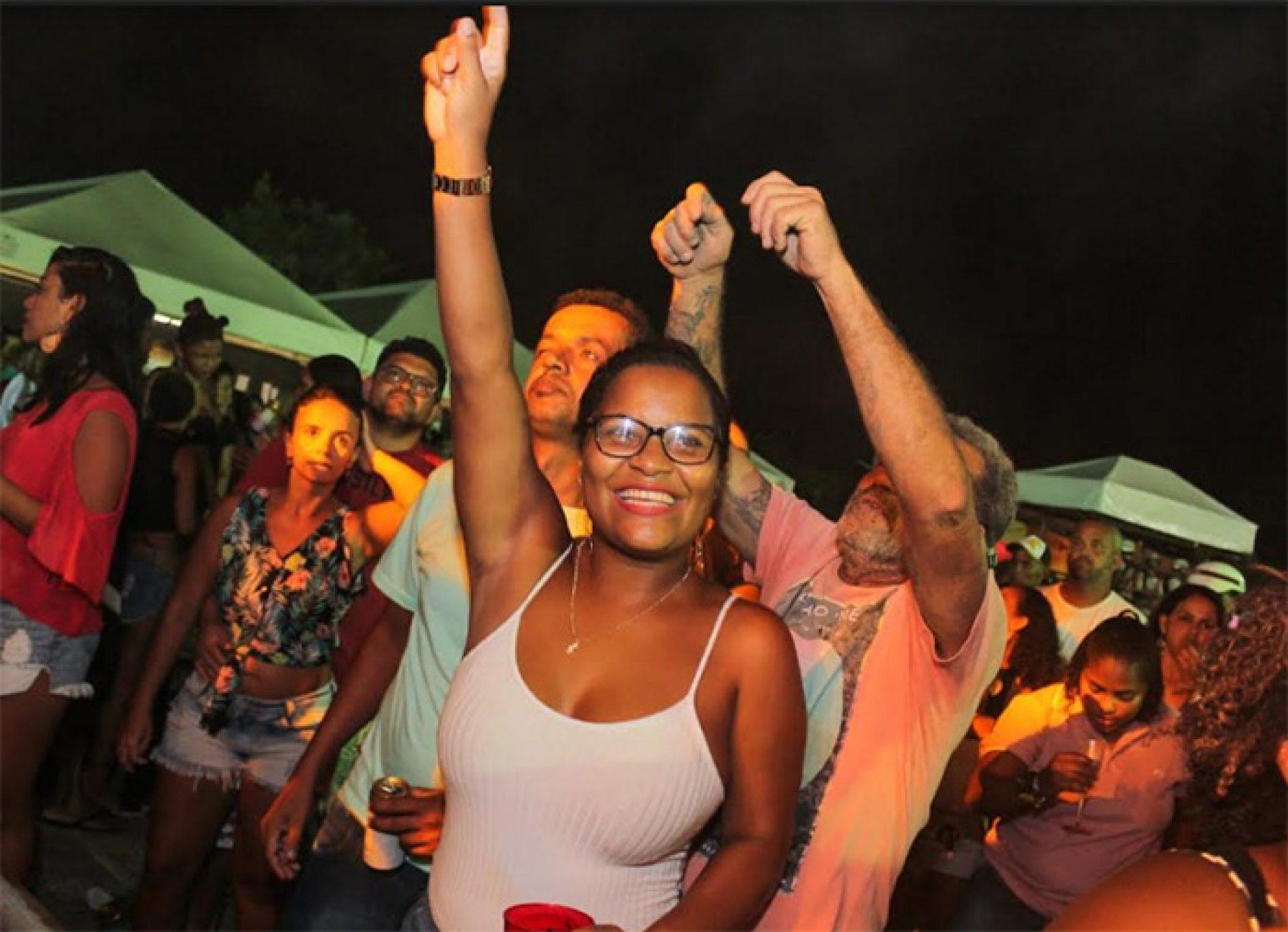 Camaçari: Público marca presença durante shows na Lavagem de Barra do Pojuca que termina hoje