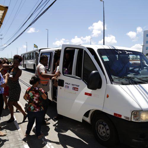 Lauro de Freitas: População aprova Projeto Travessia Segura na Estrada do Coco