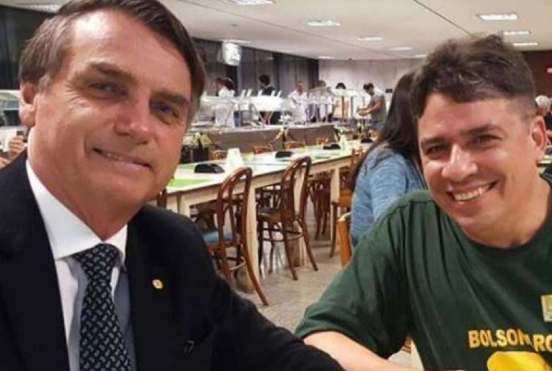 """Bolsonaro indica """"amigo particular"""" para gerência da Petrobras"""