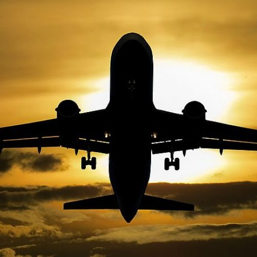 Oferta de voos extras no verão fortalece turismo na Bahia