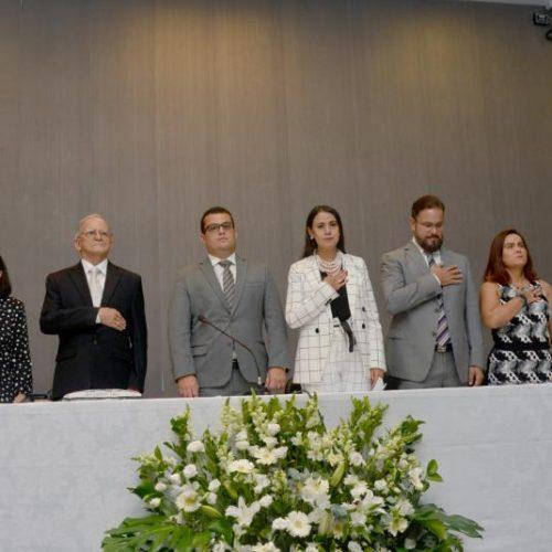 Alex Lima prestigia culto do Ministério Internacional do Reino