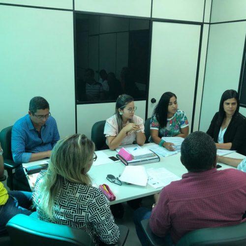 Camaçari: Auxílio Aluguel é tema de reunião entre secretarias