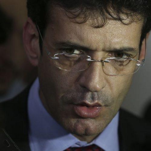 Bolsonaro exonera Marcelo Álvaro, ministro do Turismo