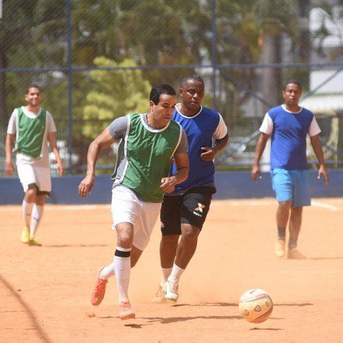 Bruno Reis destaca importância do esporte em inauguração de campo e praça