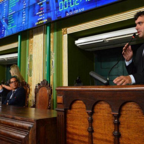Câmara de Salvador: Projeto de Tiago Correia que autoriza funcionamento do comércio aos domingos é aprovado por unanimidade