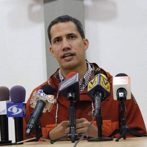 Coronel manifesta apoio a Guaidó e pede entrada de ajuda na Venezuela