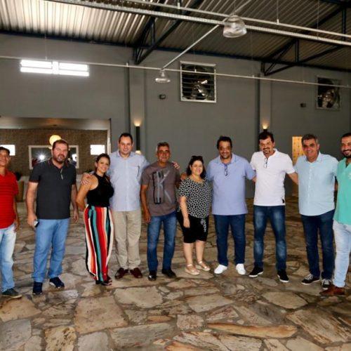 Nelson Leal visita o interior como presidente da ALBA, indo a Paramirim, Ibipitanga, Macaúbas e Oliveira dos Brejinhos