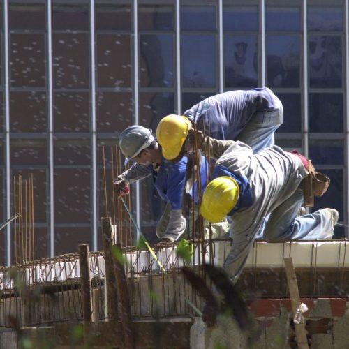 Custo da construção civil sobe 0,21% em fevereiro, diz IBGE