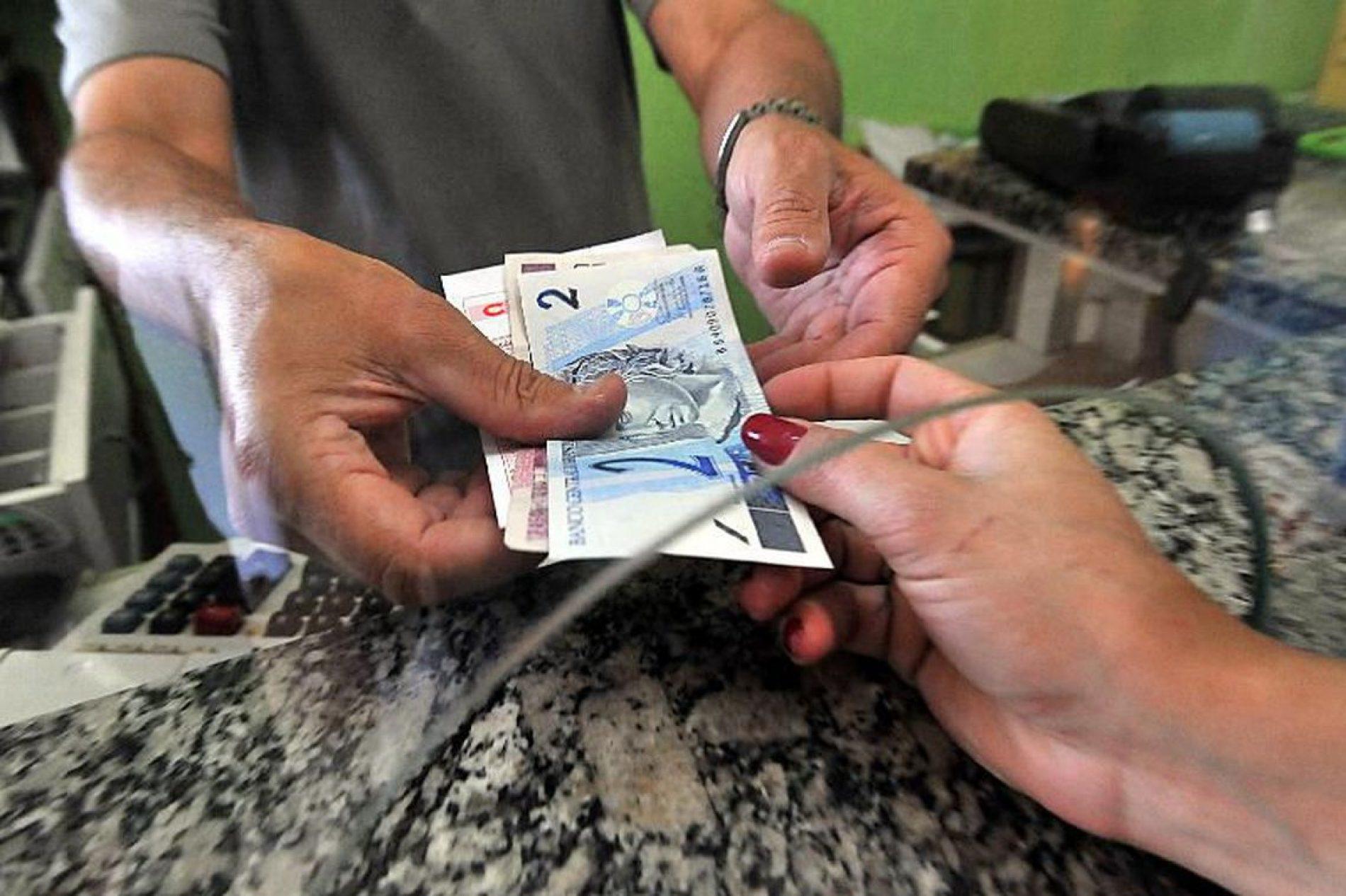 Inflação para famílias com renda mais baixa é de 0,54%