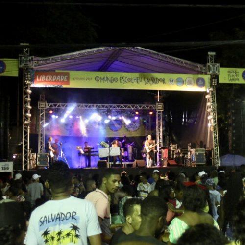 Carnaval de Salvador: Liberdade tem repertório eclético em último dia de folia