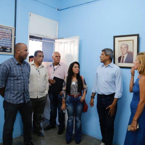 Moema e secretário de Educação da Bahia visitam escolas em Lauro de Freitas