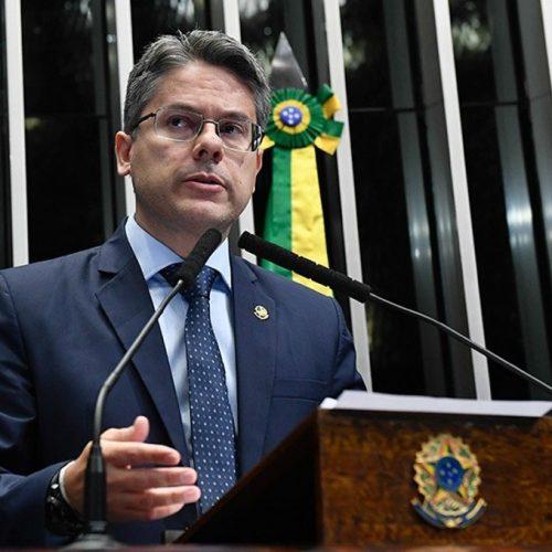 Pedido de criação de CPI da Lava Toga será protocolado amanhã, diz senador