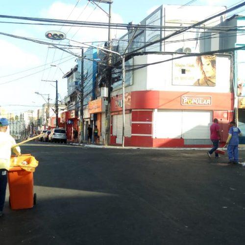 Quatro toneladas de lixo recolhidas nos primeiros dias do Carnaval em Lauro de Freitas