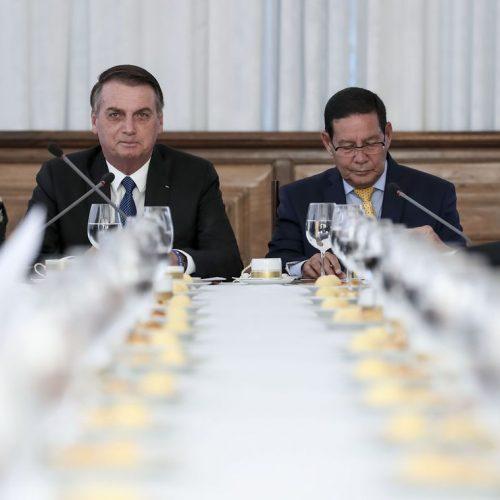 Conselho de Governo se reúne no Palácio da Alvorada