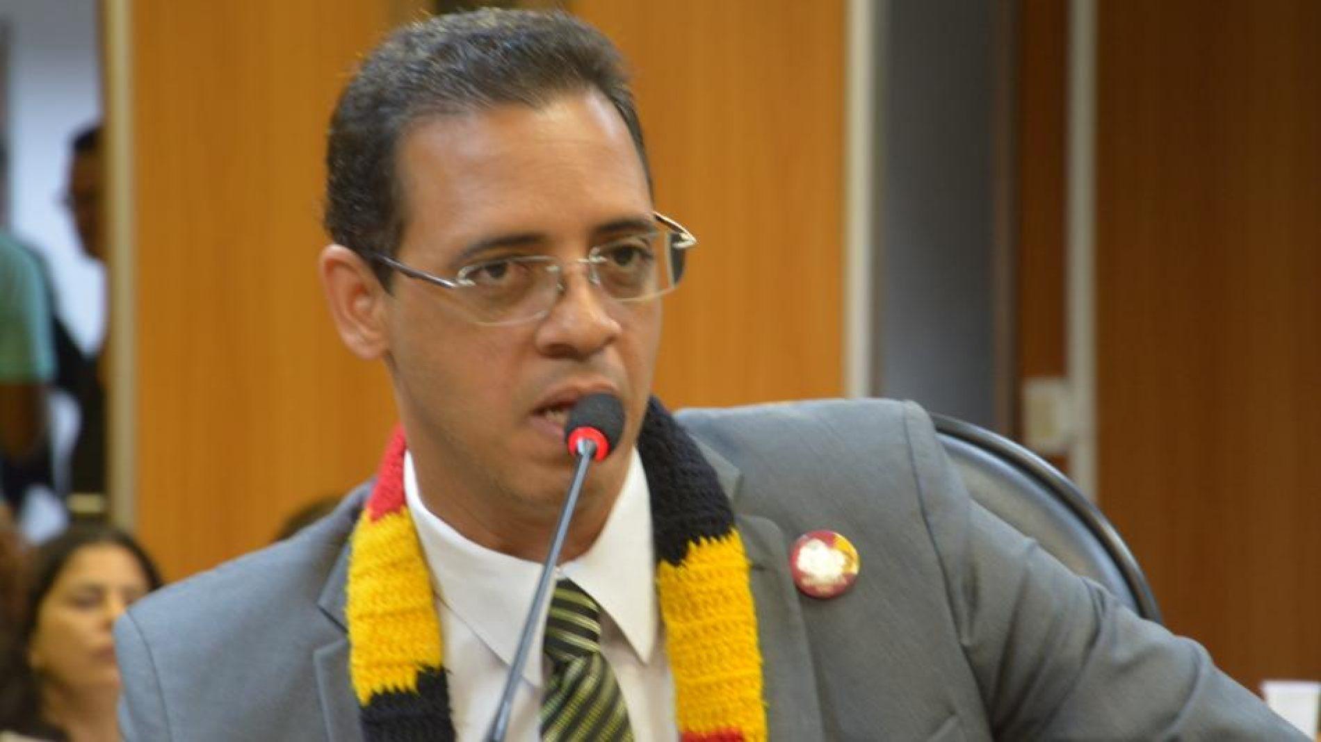 Hilton Coelho propõe revitalização do Sistema de Trens do Subúrbio