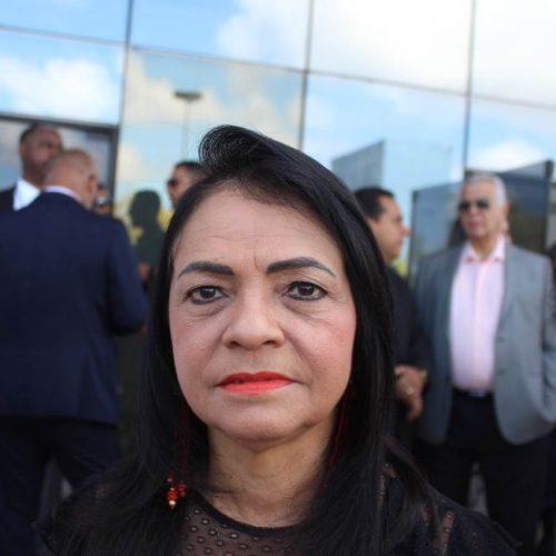 """Lauro de Freitas: """"Enquanto Mirela não se retratar não tem nada resolvido"""", dispara Moema; ASSISTA"""